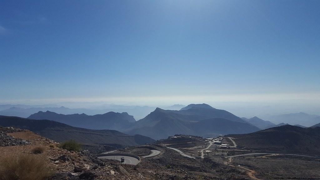 Nach der abenteuerlichen Offroad Fahrt durch das Wadi Bani Awf empfängt Sie diese Aussicht.