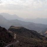 Diese Bergdurchquerung führt Sie tief in die Berge des Landes.