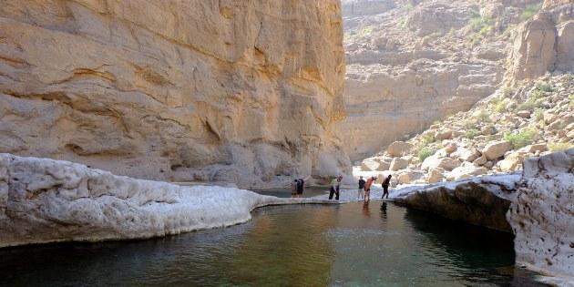 Bei der Wanderung durch das Wadi lässt man bald die üblichen Touristen hinter sich und lernt die wahre Schönheit des Ortes kennen.