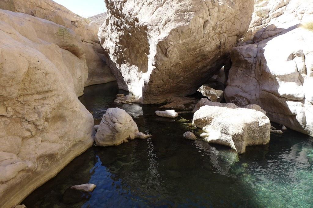 Die Pools der größeren Wadis laden zu einem erfrischenden Bad ein.