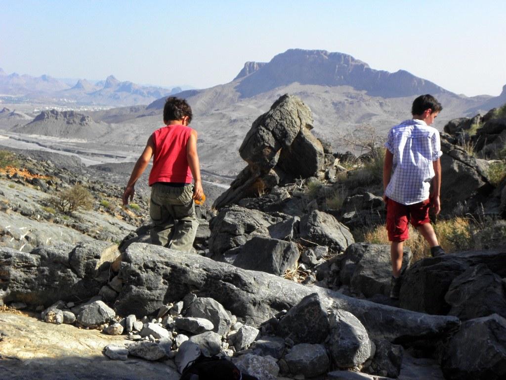 Für Kinder sind die Berge wie ein großer Abenteuerspielplatz.