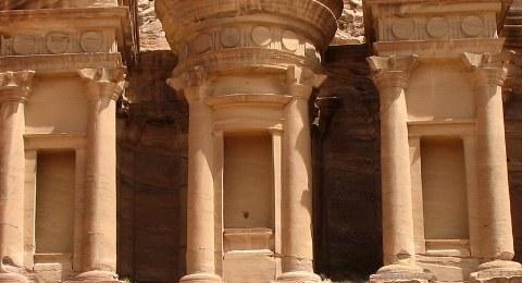 Die berühmte Felsenstadt Petra in Jordanien.