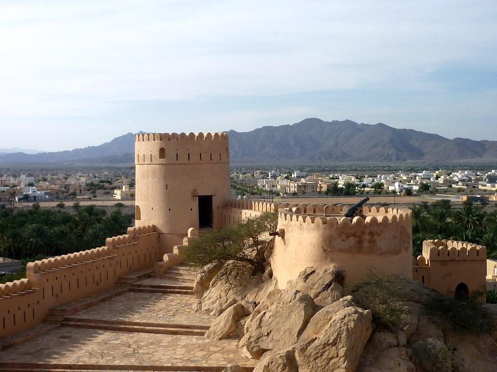 Von den Türmen der Festung hat man einen einmaligen Rundumblick bis zu dem Gebirge.