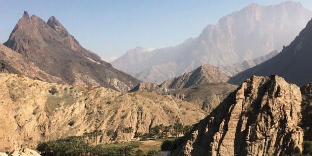 Das kleine Bergdorf imitten des Hajjar-Gebirges ist ein fast unwirkicher Ort, den man unbedingt besichtigen sollte.
