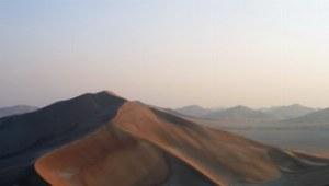 Fast schon magisch ist die Atmosphäre am Morgen in der Rub al-Khali.