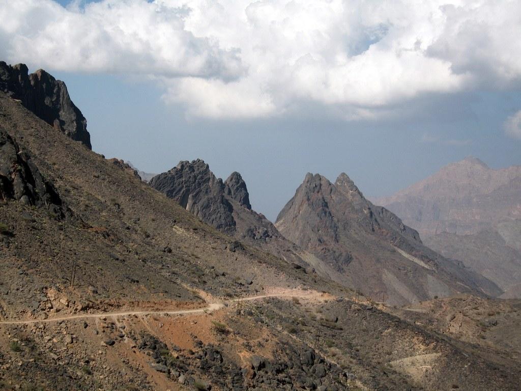 Atemberaubende Ausblicke bietet die Berglandschaft des Oman.
