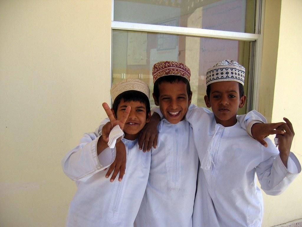 Die einheimischen Kinder sind oft sehr neugierig und freuen sich über einen kleinen Smalltalk.