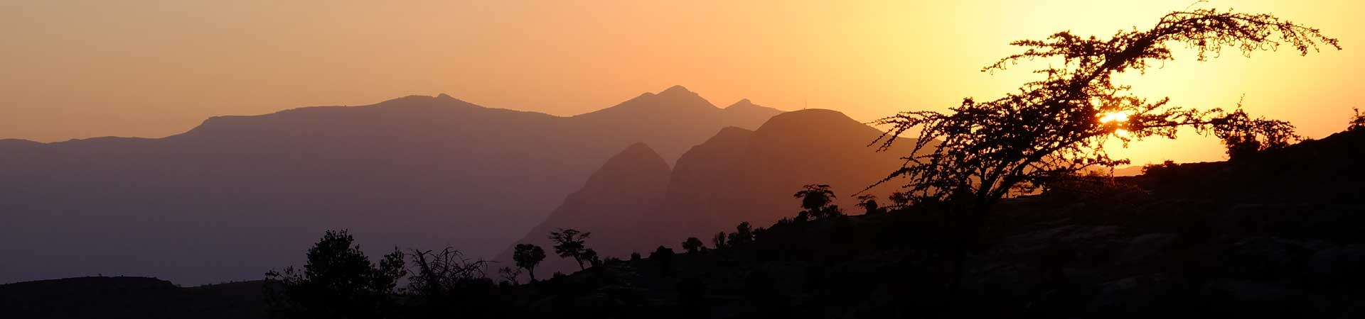 Abendstimmung auf dem Djabal Shams im Oman