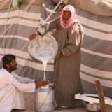 Oman Kameltrekking Rub al-Khali Bedu mit Kamelmilch